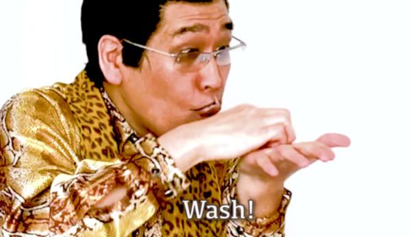 PIKO太郎推出〈PPAP 2020〉防疫版,示範勤洗手的重要性。(翻攝自影片)