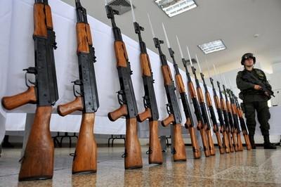假如台灣開放引進AK-47 網推「這3種職業」會第一個死