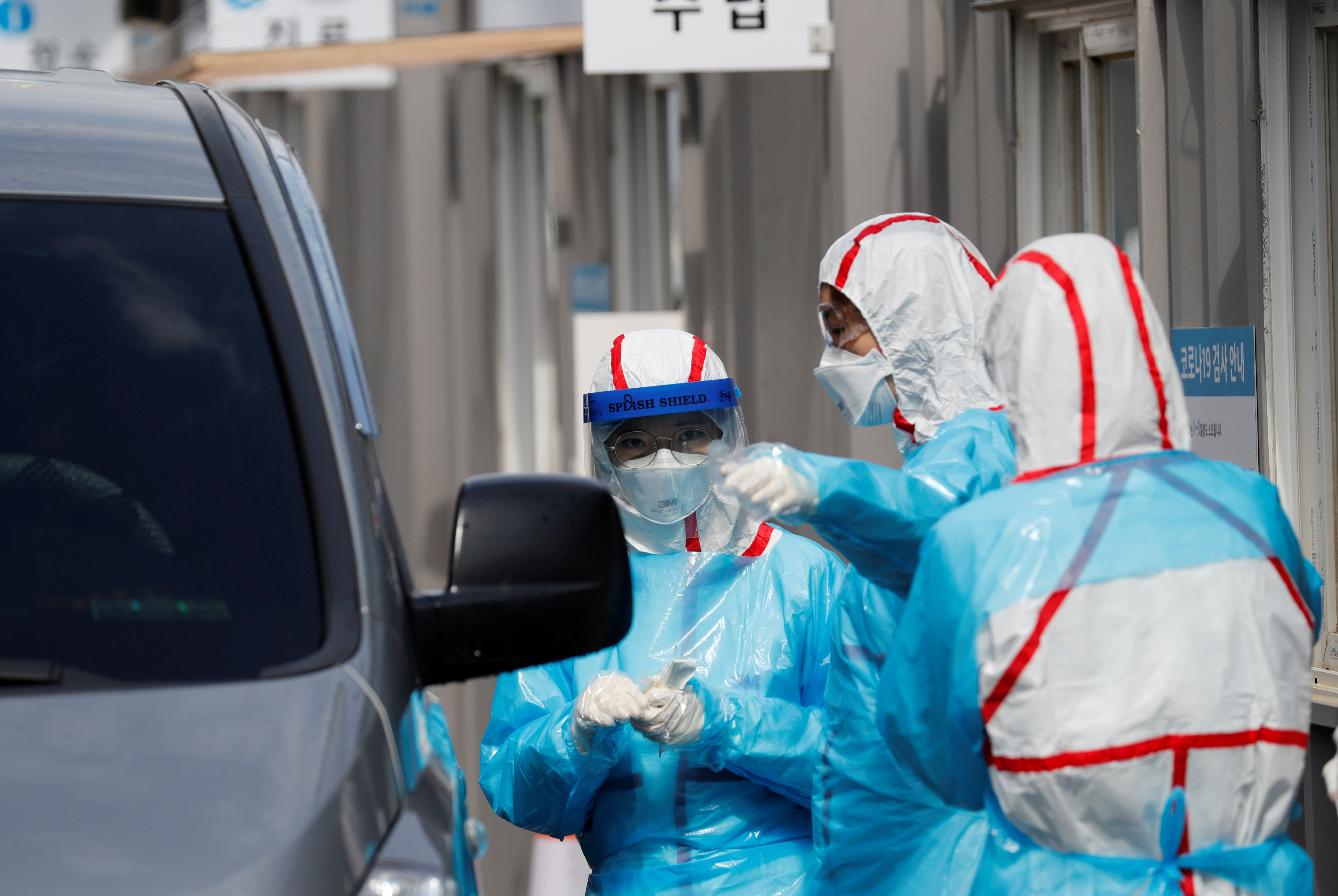 ▲▼新冠肺炎疫情成為南韓執政黨獲壓倒性勝利的轉機(圖/路透社)