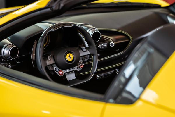 ▲法拉利F8 Spider登台亮相。(圖/翻攝自Ferrari)
