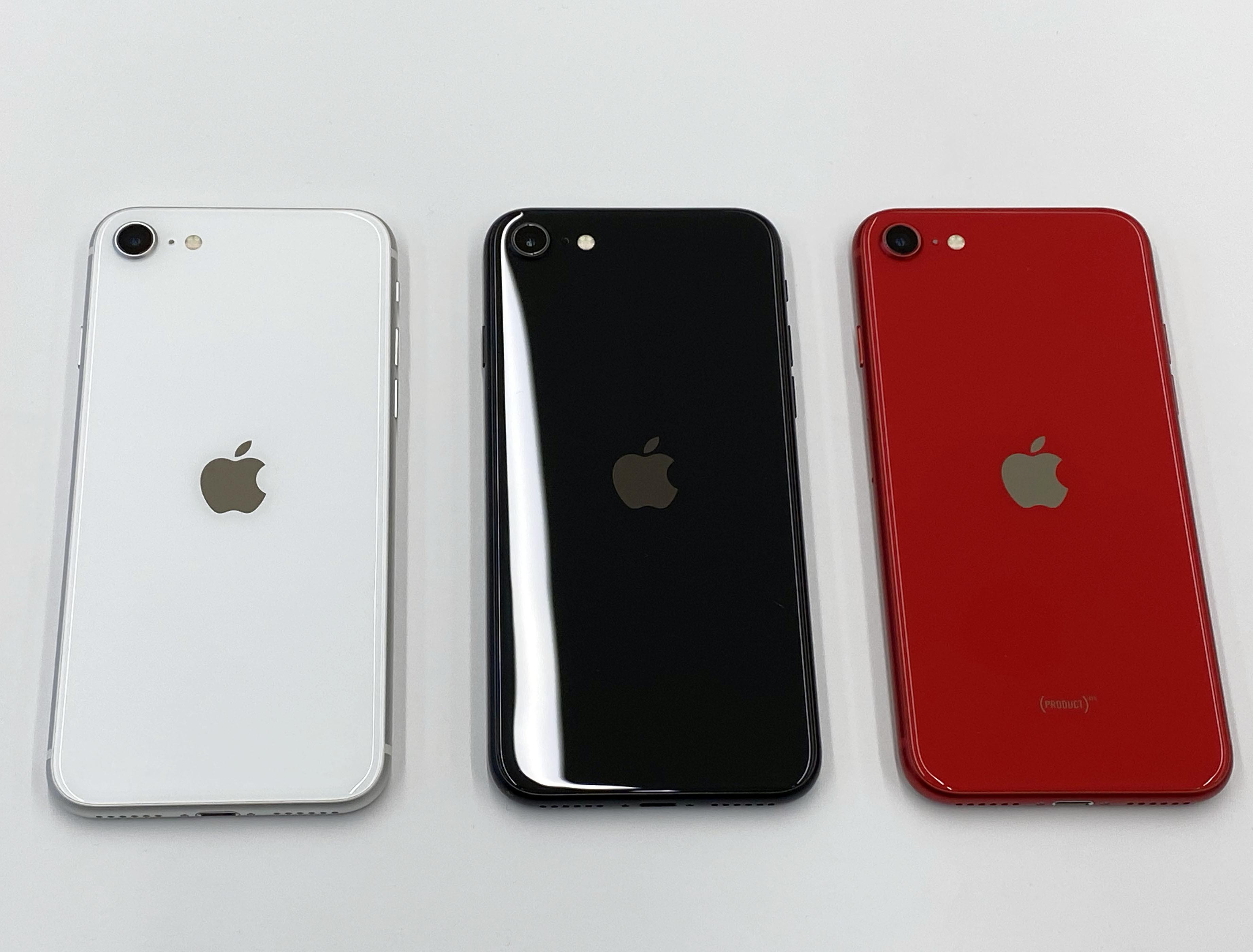 ▲獨/新iPhone SE搶先玩 。(圖/記者洪聖壹攝)