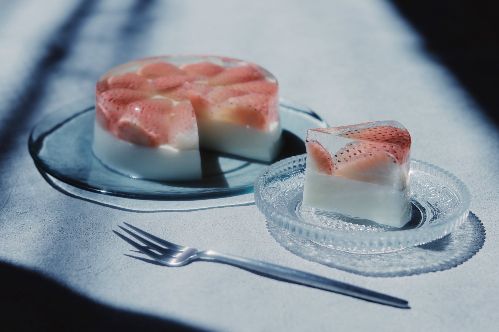 ▲▼日本一名網友製各式「透明甜點」。(圖/翻攝自Twitter/tomeinohito)