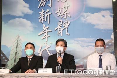 影/錢櫃董事長練台生未出席記者會 經營團隊:他沒有打給北市府