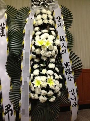 ▲▼喪禮,花籃,南韓(圖/取自Flickr@lvodman)