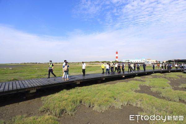 別撲空!台中高美濕地木棧道10月下旬封鎖維護 僅2天開放參觀 | ETt
