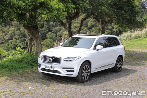 ▲Volvo XC90 T8 inscription。(圖/記者林鼎智攝)