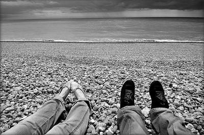 超閃!攝影師夫妻用「腳丫照」遊世界