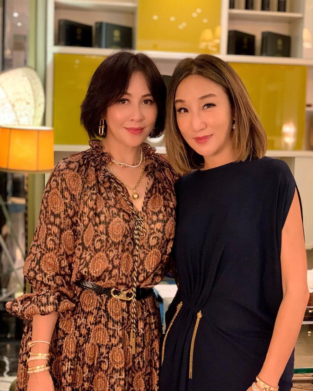 60岁锺楚红戴Tiffany项链好时髦没被小20岁的香港女首富比下去