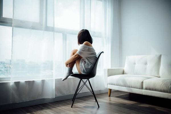 ▲桃園市1名女子在2002年還不滿10歲時疑遭母親同居人性侵案,母親提告後卻因醫院對女子處女膜是否破裂診斷不一,最後因證據不足不起訴。(示意圖/免費圖庫pxhere)