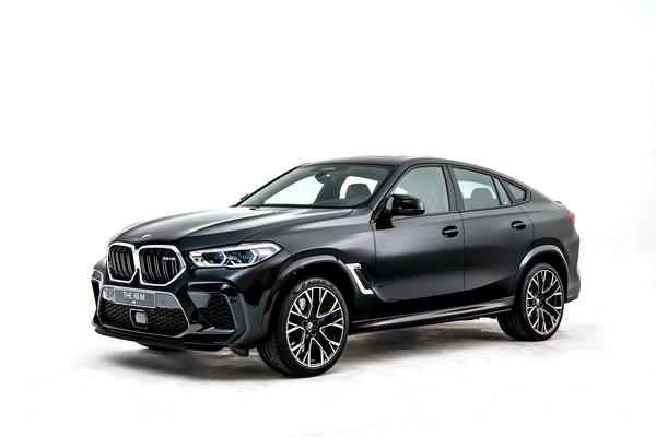 ▲BMW X6 M 698萬在台上市。(圖/翻攝自)BMW