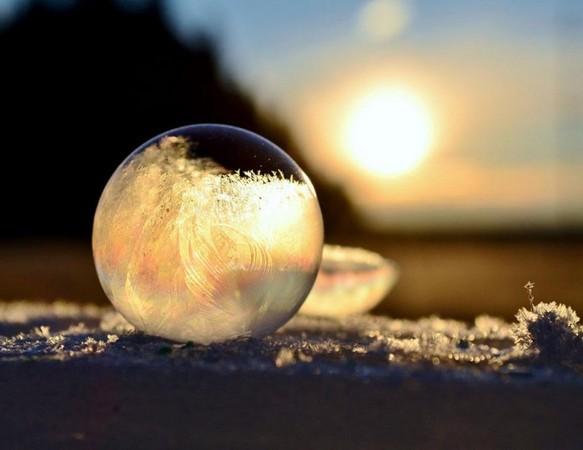冬日限定的絕美景觀「冰晶泡泡」