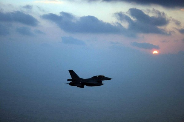 跨年騎車趕場「南→北→花」 成大生想看F-16衝場喪命