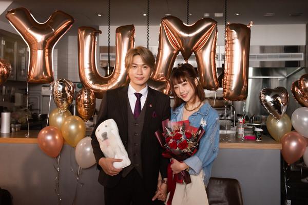 快訊/黃少谷求婚成功「林俊傑舊愛」Yumi! 大咖星友助陣她當場噴淚