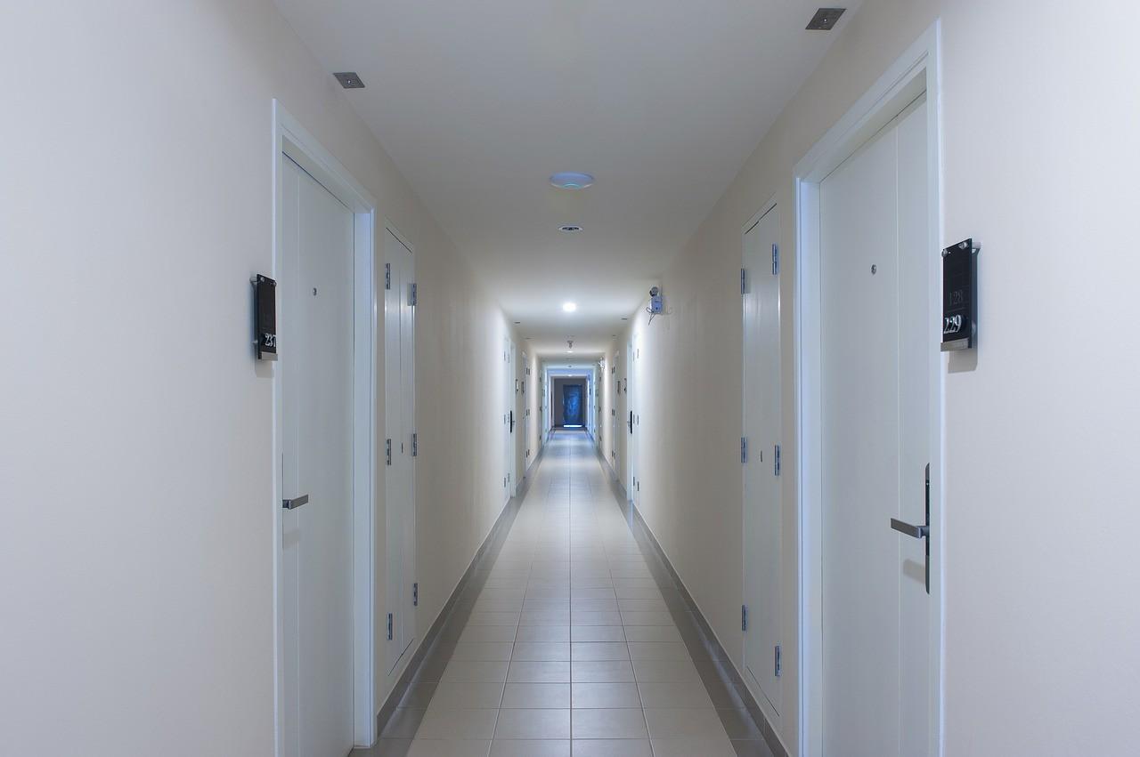▲▼走廊,走道,大樓,公寓。(圖/取自免費圖庫Pixabay)