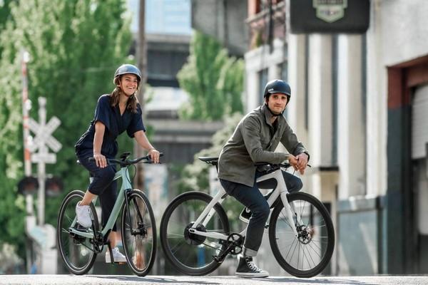 "Gogoro电动脚踏车""惊人售价曝光""!""Eeyo 1""续航上看90公里"