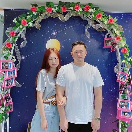 ▲丫頭還原結婚登記過程。(圖/翻攝自丫頭Instagram)
