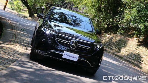 ▲賓士EQC 400 4MATIC運動版試駕 第1次開電動車也能即刻上手。(圖/記者張慶輝攝)