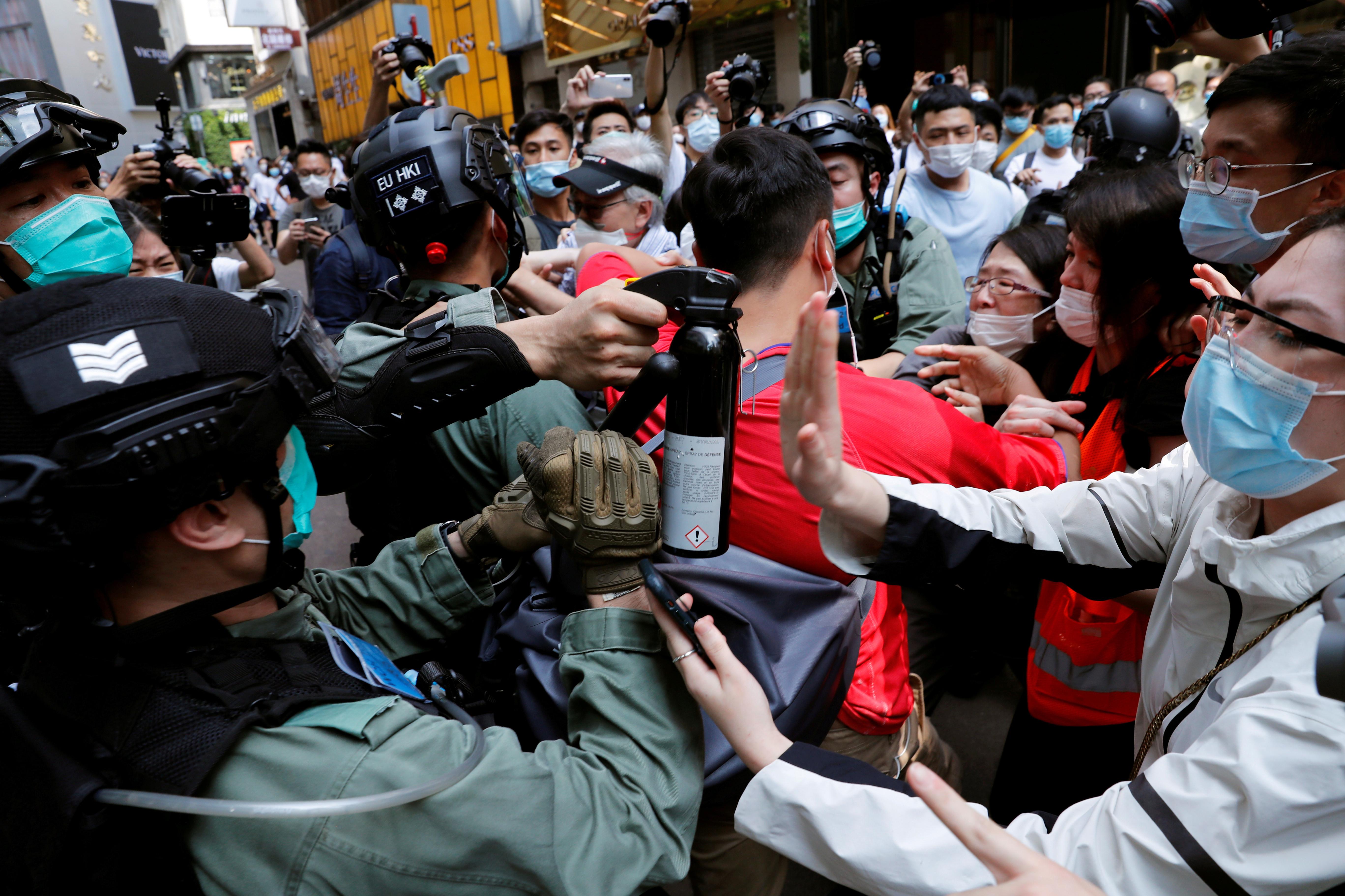 ▲▼全國人大審議國安法,引起香港居民極度不安。(圖/路透社)