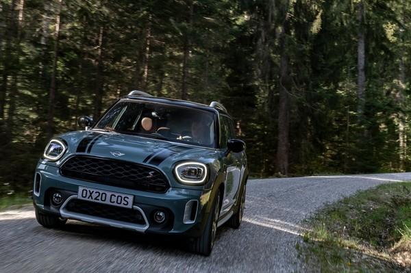 MINI未來不再「迷你」 首席設計師透露將打造更大尺碼的新車款(圖/翻攝自MINI)