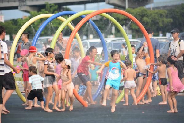 北市「大佳河濱戲水區」9月只開週末!轉涼人潮少、開學在即 | ETto