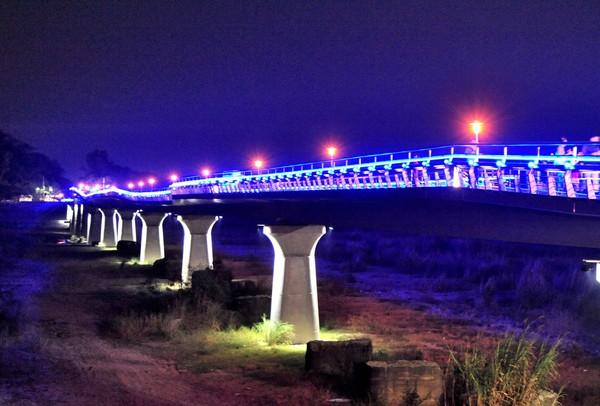 跟著橋梁去旅行 2015全台十大必去的美麗橋梁