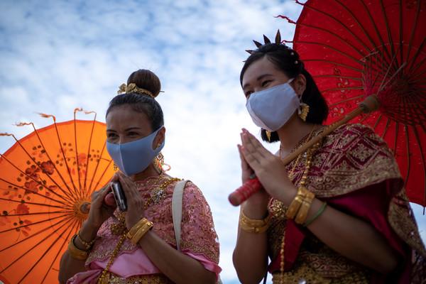紅燈區明起解禁!泰國3度延長緊急命令 在野黨狠批:不給抗議