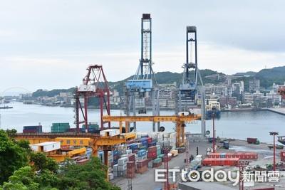 7月景氣燈號持續亮黃藍燈 國發會:政府已追加預算協助企業
