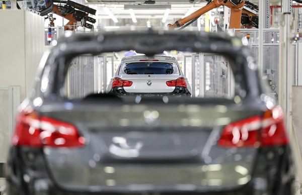費時26年完成第500萬輛新車下線里程碑 BMW直言美國已是「第2個家」(圖/達志影像/美聯社)