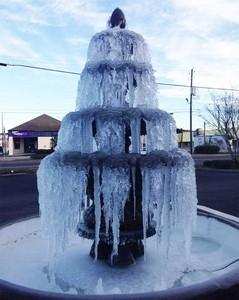 冰風暴襲來,連最暖的佛州都淪陷了..