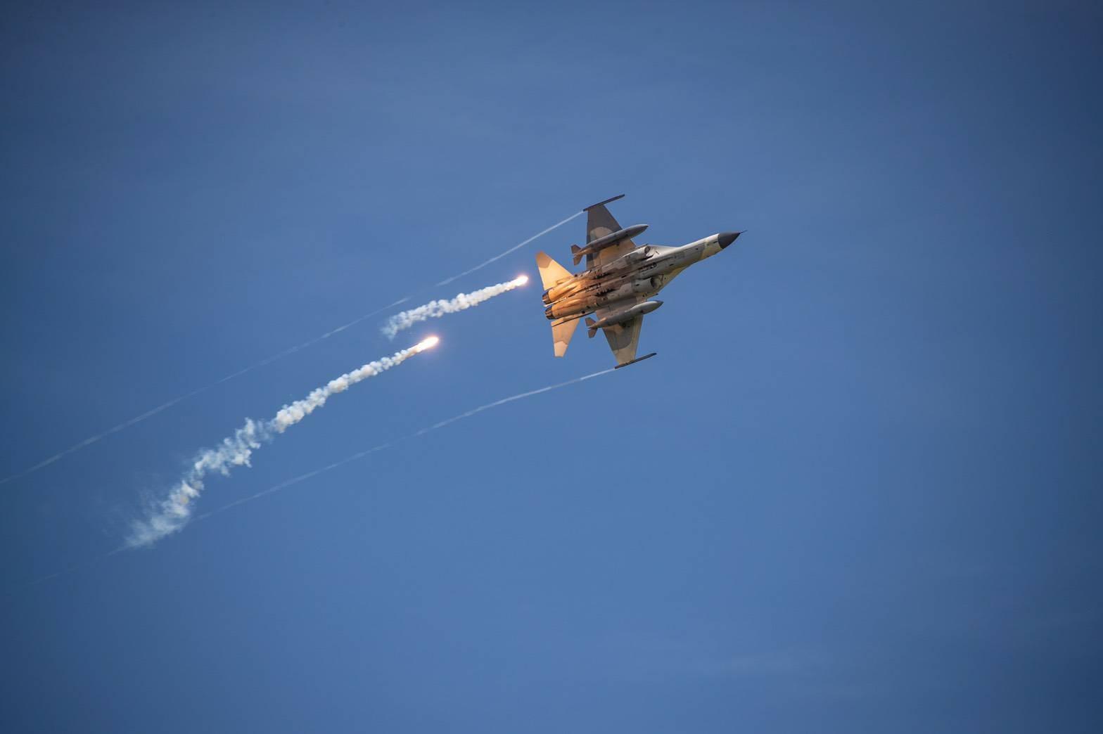 勇鷹,高教機,IDF,漢翔,F-5E,中科院,奔劍計畫,萬劍飛彈
