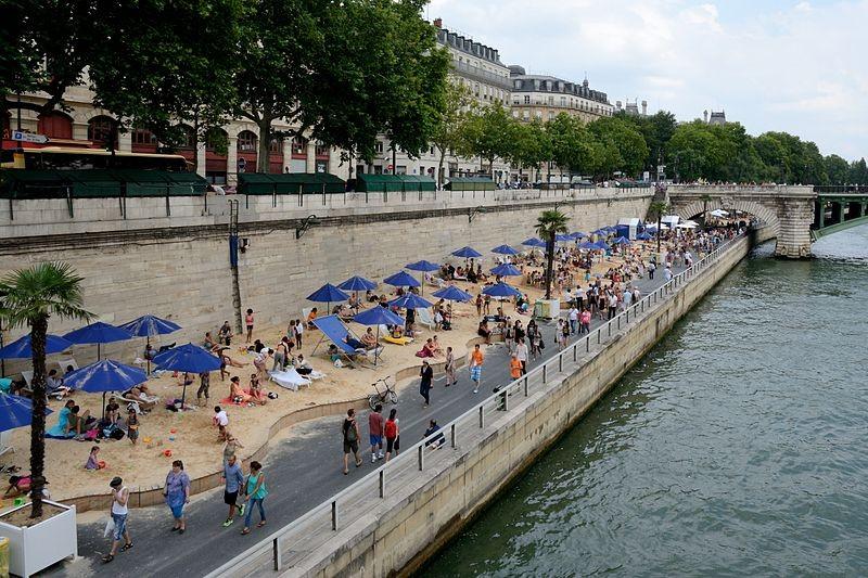 ▲▼法國巴黎7月18日將推出「漂浮電影城」。(圖/翻攝自Wiki/Paris Plages)