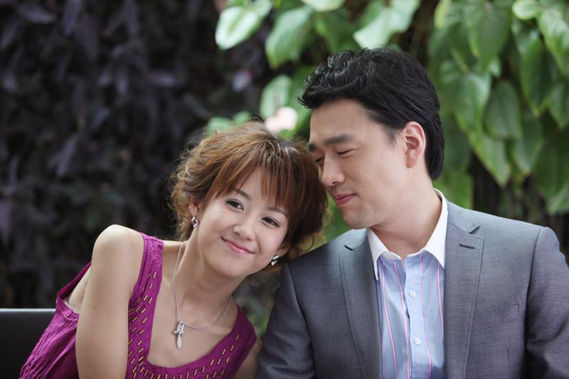王耀慶在《失戀33天》中有吃重戲分,與白百何也有對手戲。(圖/威視電影提供)