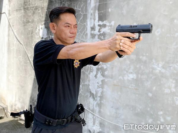 菜市場名遭亂報名號 警員陳建發改名陳泯浩...從偵查員升到所長