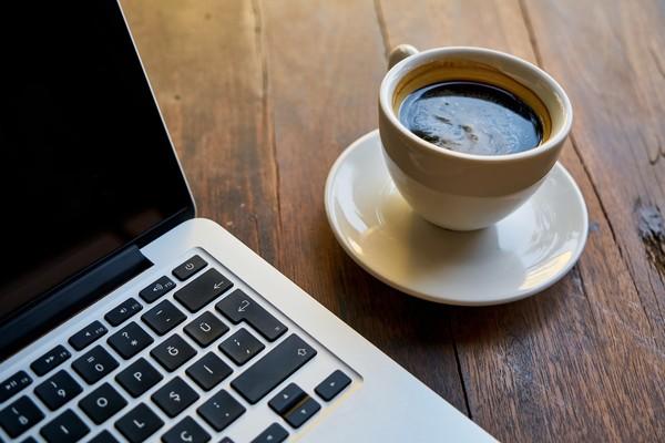 不只咖啡!營養師激推「提神醒腦Top5」:碳水化合物也行 | ETtod