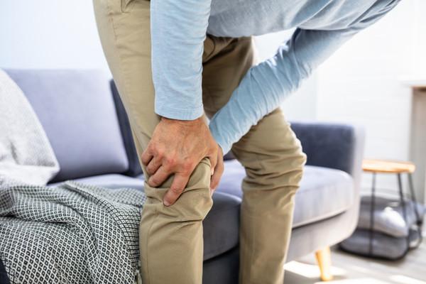 膝關節炎讓走路變惡夢! 4退化元凶你中了幾項? | ETtoday探索