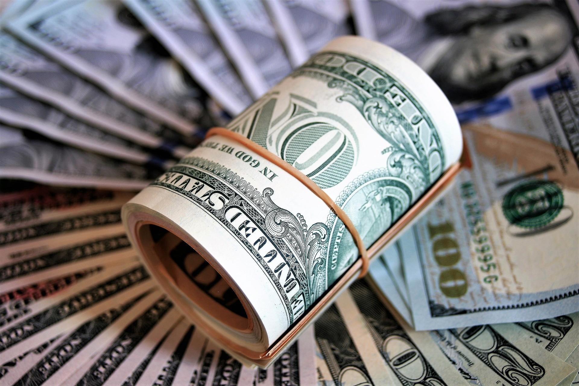 ▲儲蓄,理財,存錢,記帳,消費,財務,鈔票,美元,美金,投資,金錢。(圖/pixabay)