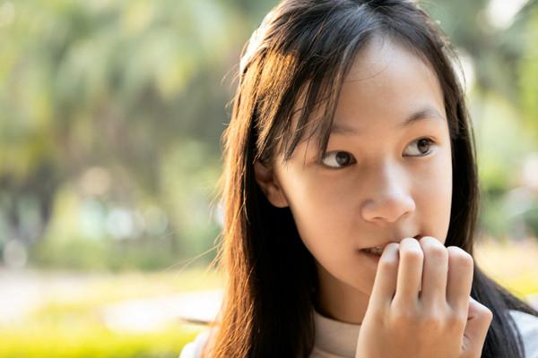 愛咬指甲、剪指甲常流血? 除了不美觀 後果還很嚴重