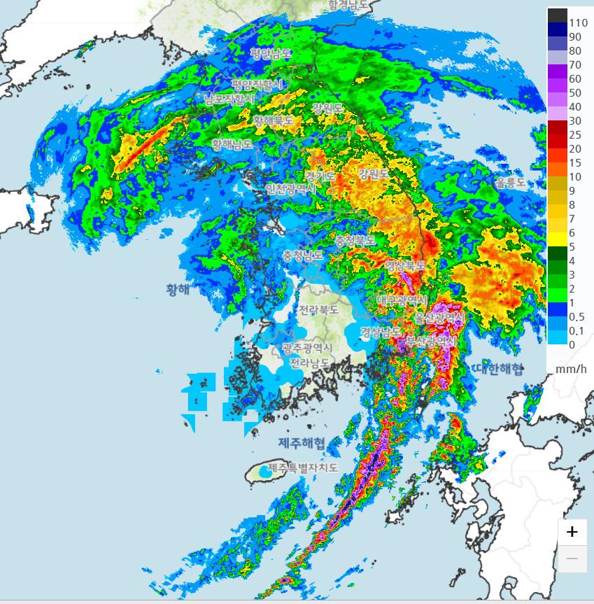▲▼南韓23日晚間22時55分降雨雷達回波圖。(圖/翻攝自大韓民國氣象廳)