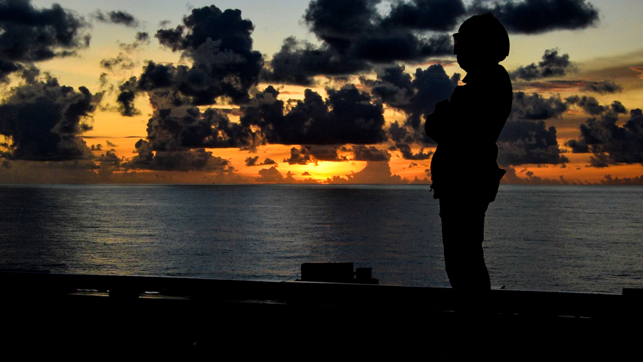 伊麗莎白女王號,航空母艦,強森,英國,海軍,台灣海峽,中國,美國,南海