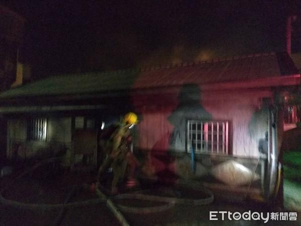 快訊/台南六甲凌晨火警 80歲翁雙腳18%三度灼傷、意識模糊