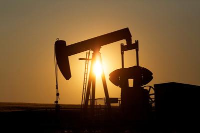 OPEC+達成協議1月起每天增產50萬桶 惟油價不跌反漲