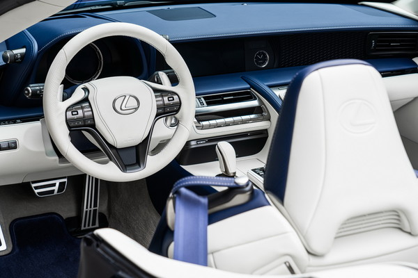 ▲Lexus LC 500 Convertible Regatta Edition。(圖/翻攝自Lexus)