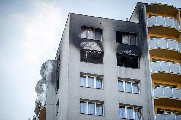 捷克30年最致命火災11死10傷! 跳樓逃生全摔死…警逮1名縱火犯