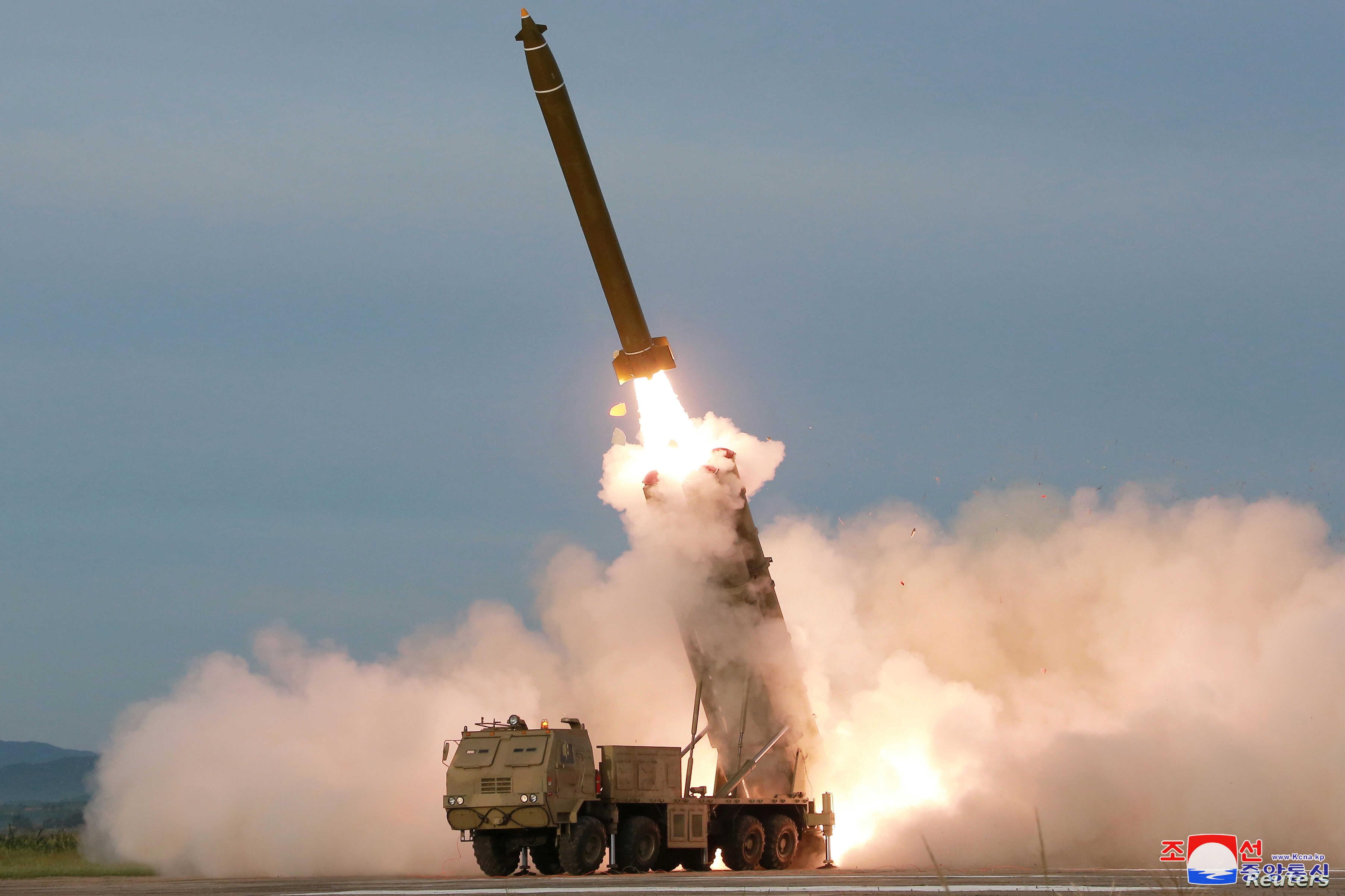 ▲▼北韓研發射程達400公里的放射砲,若砲擊首爾,可造成20多萬人傷亡。(圖/翻攝自朝中社)