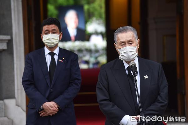 森喜朗弔唁李登輝訪台3小時快閃:他告訴日本人許多不知道的事