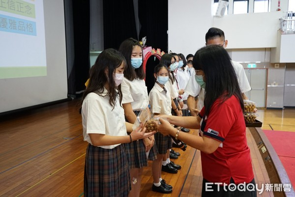 台南光華高中新鮮人 體驗生命印記的感動 | ETtoday生活新聞 |