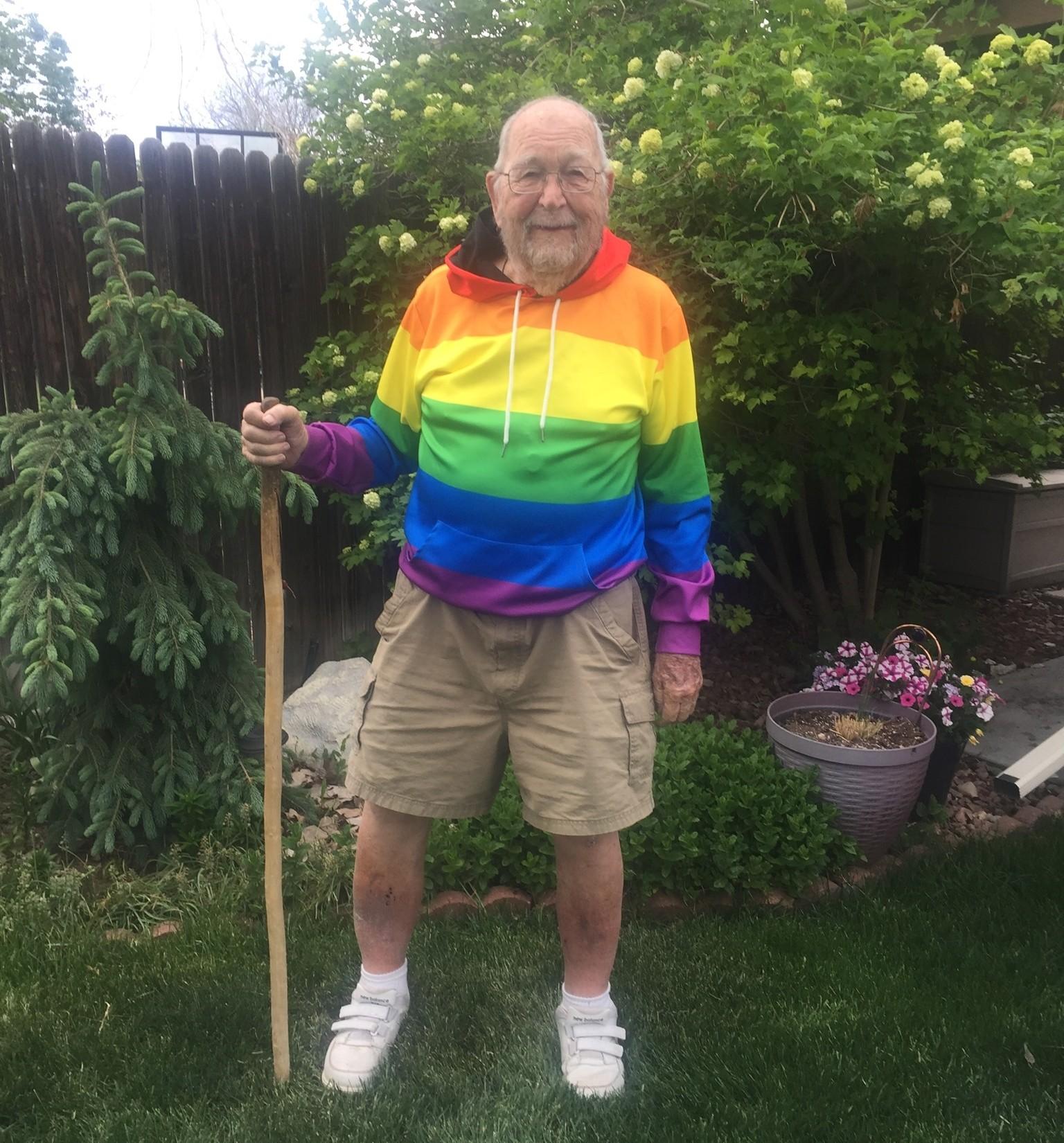 ▲▼美國90歲老爺爺勇敢出櫃,在fb寫回憶錄找舊情人。(圖/翻攝自Facebook/Kenneth Felts)