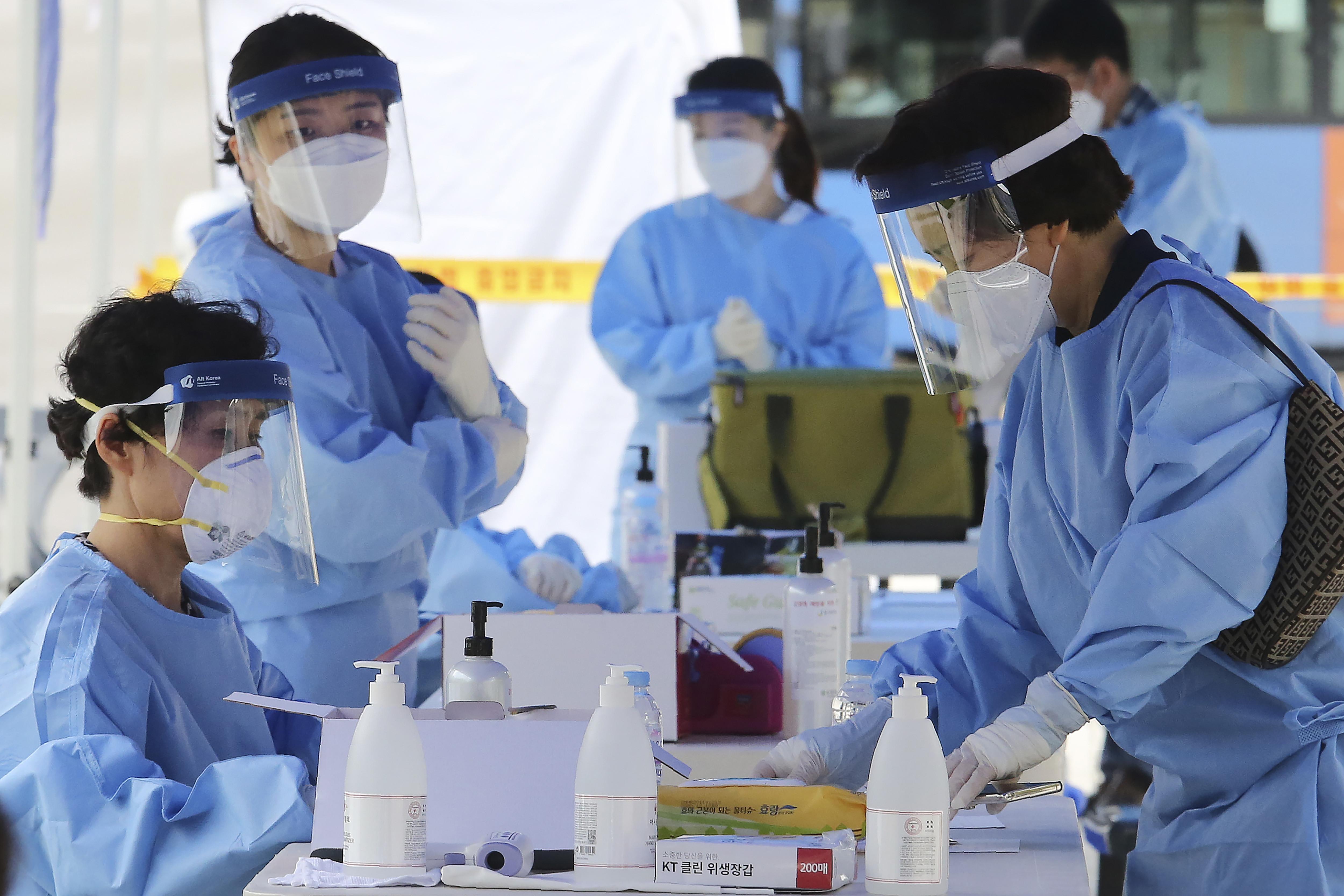 ▲▼南韓防疫當局在海外感染者上,發現3起病毒變異。(圖/達志影像/美聯社)