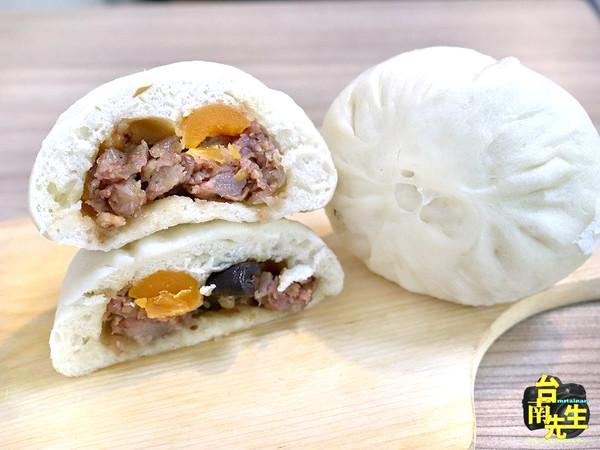 肉包餡多還會噴汁!隱身台南巷弄的百年包子店 水晶餃Q彈開胃