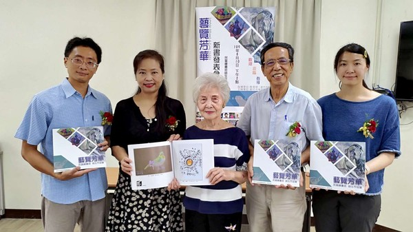 竹市推動社區樂齡學習有成 民富繪畫班作品大放異彩 | ETtoday地方
